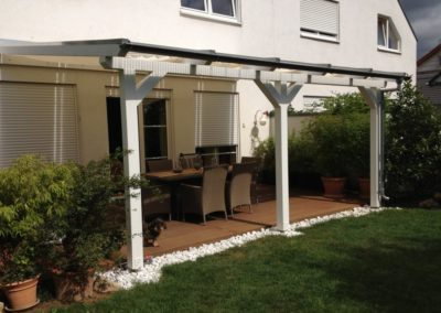 Terrassenüberdachung mit Plexiglas-Doppelstegplatten